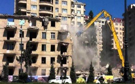 Azərbaycanda bu binalar söküləcək